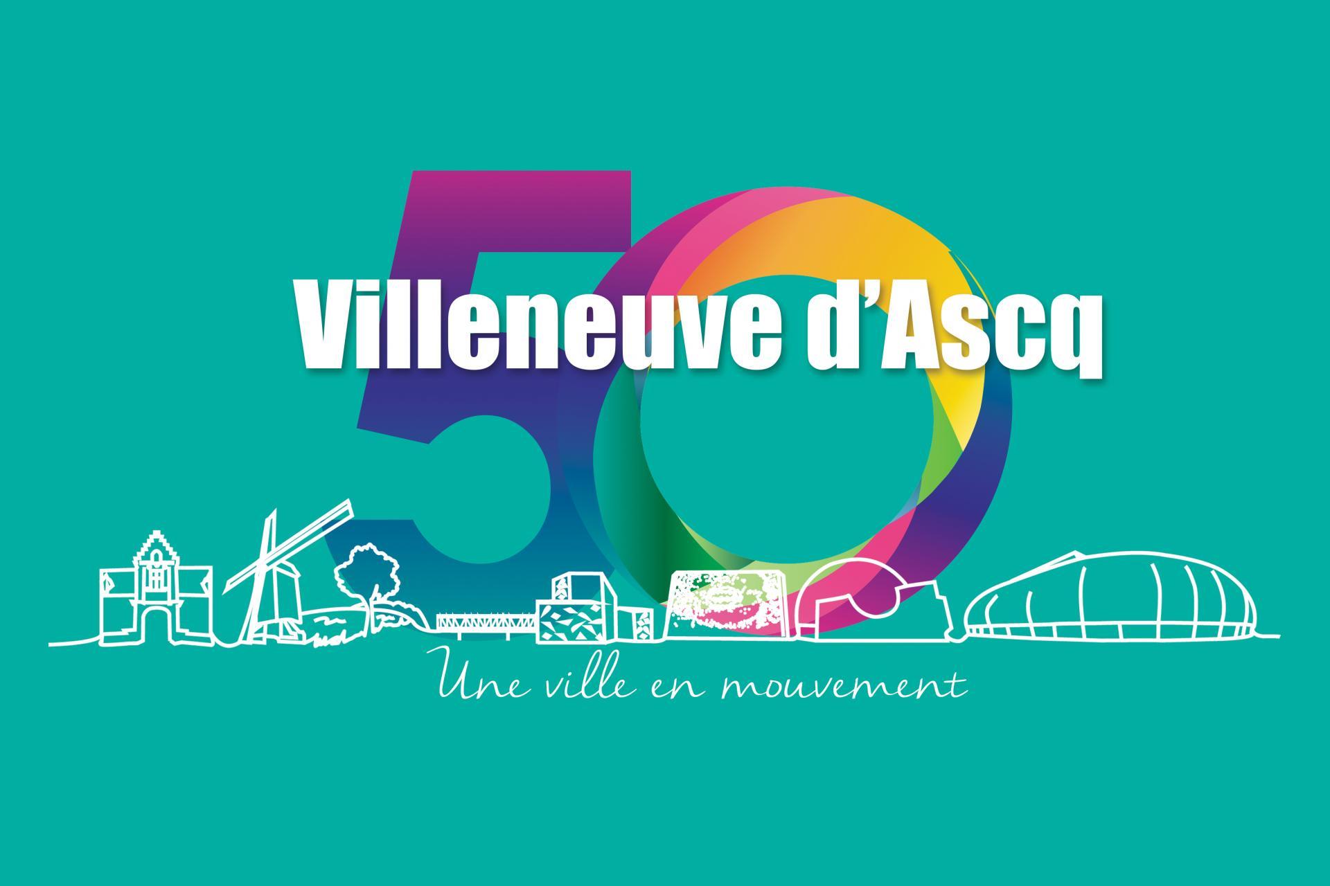 Le logo se compose du chiffre 50 aux couleurs de l'arc-en-ciel, reposant sur la skyline de la ville, représentant les monuments les plus emblématiques de Villeneuve d'Ascq